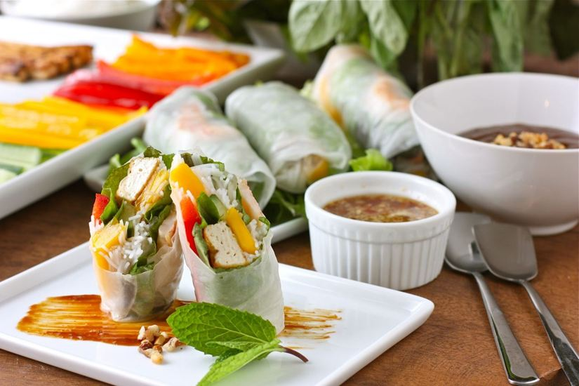 BEST VIETNAMESE RESTAURANTS IN SAIGON - TRADITIONAL & MODERN