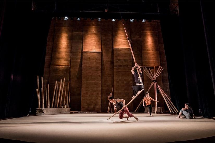 """Lang Toi (My Village) featured on VNExpress - Behind the scenes of Vietnam's circus show """"My Village"""""""