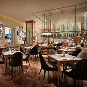 Nhà hàng Opera tại khách sạn Park Hyatt Saigon